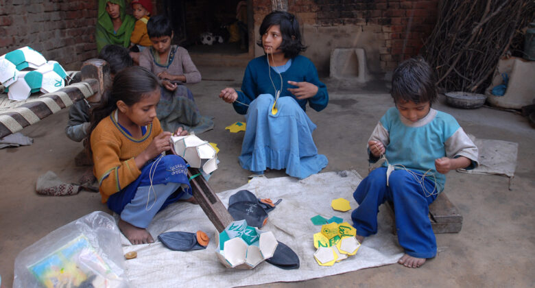 Kinderarbeit bei Herstellung von Fußbällen